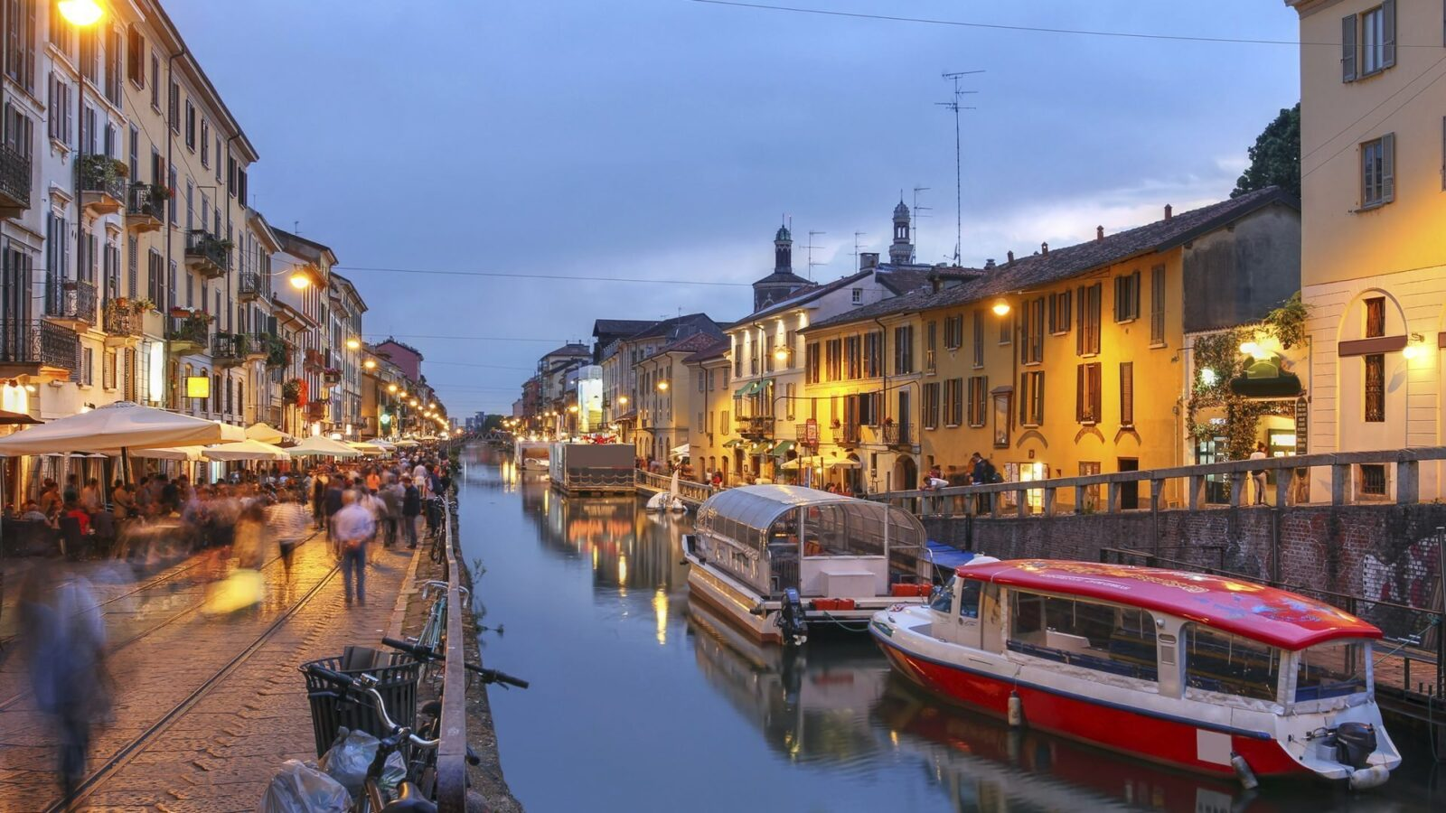 Walk Along the Naviglio Grande