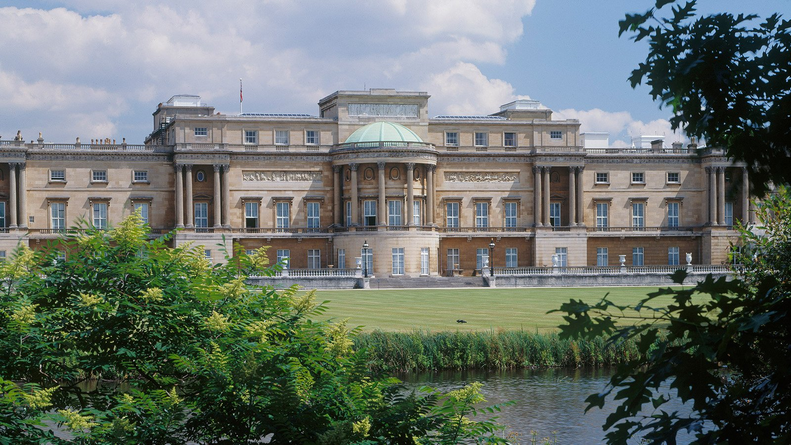Buckingham palace gardens ideas 2019 summer dorchester collection what to do