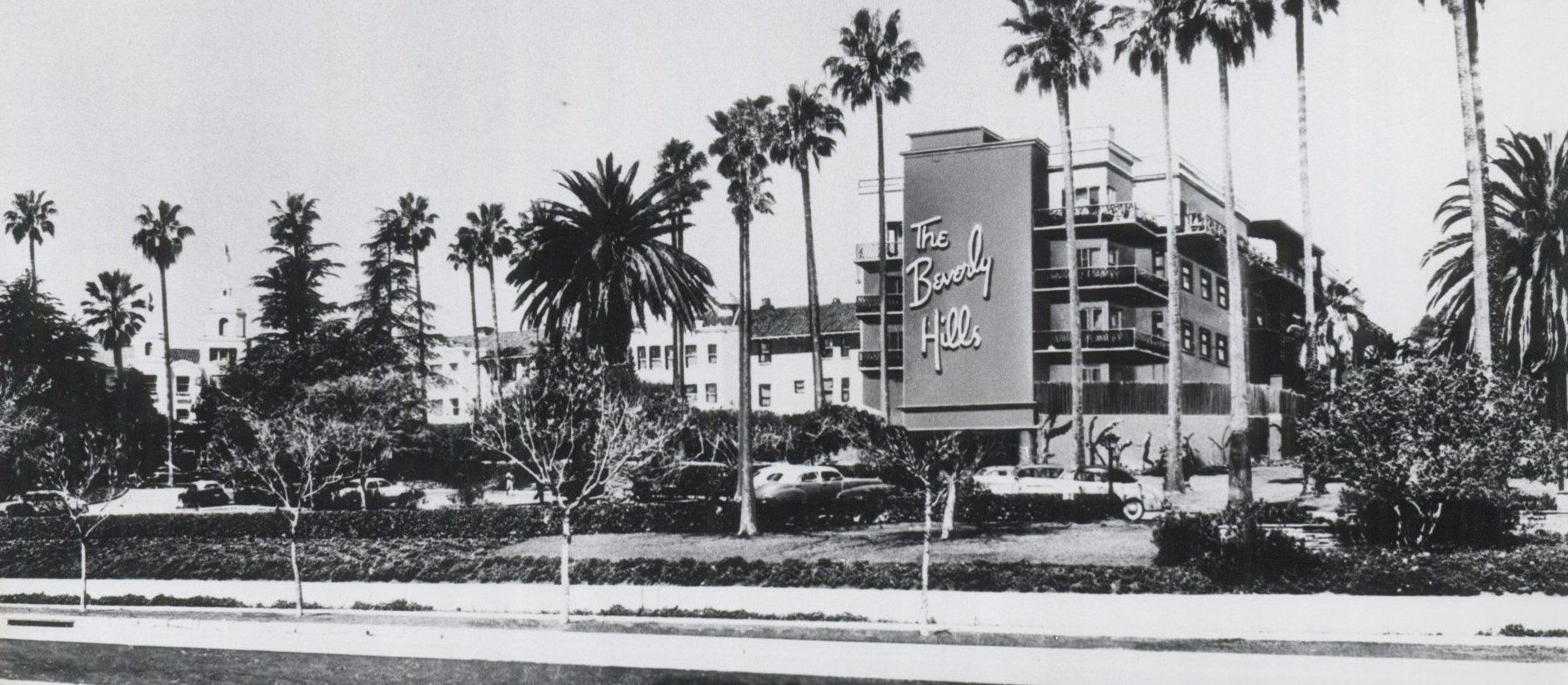 Historical photo of Beverly Hills Hotel crescent wing