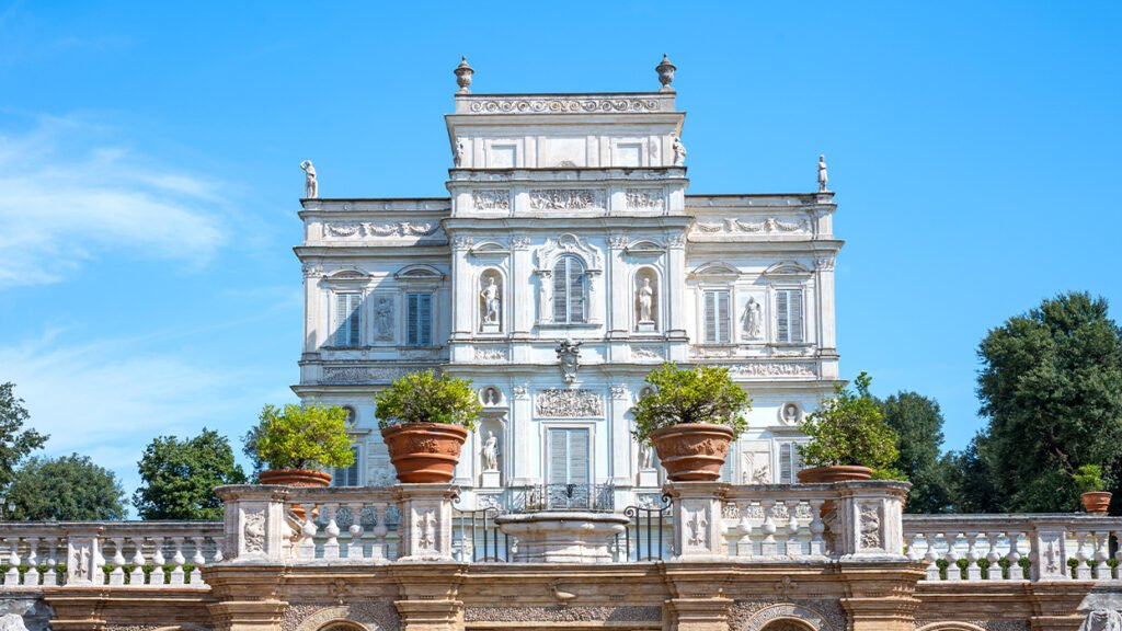 Rome's beautiful villas and their gardens