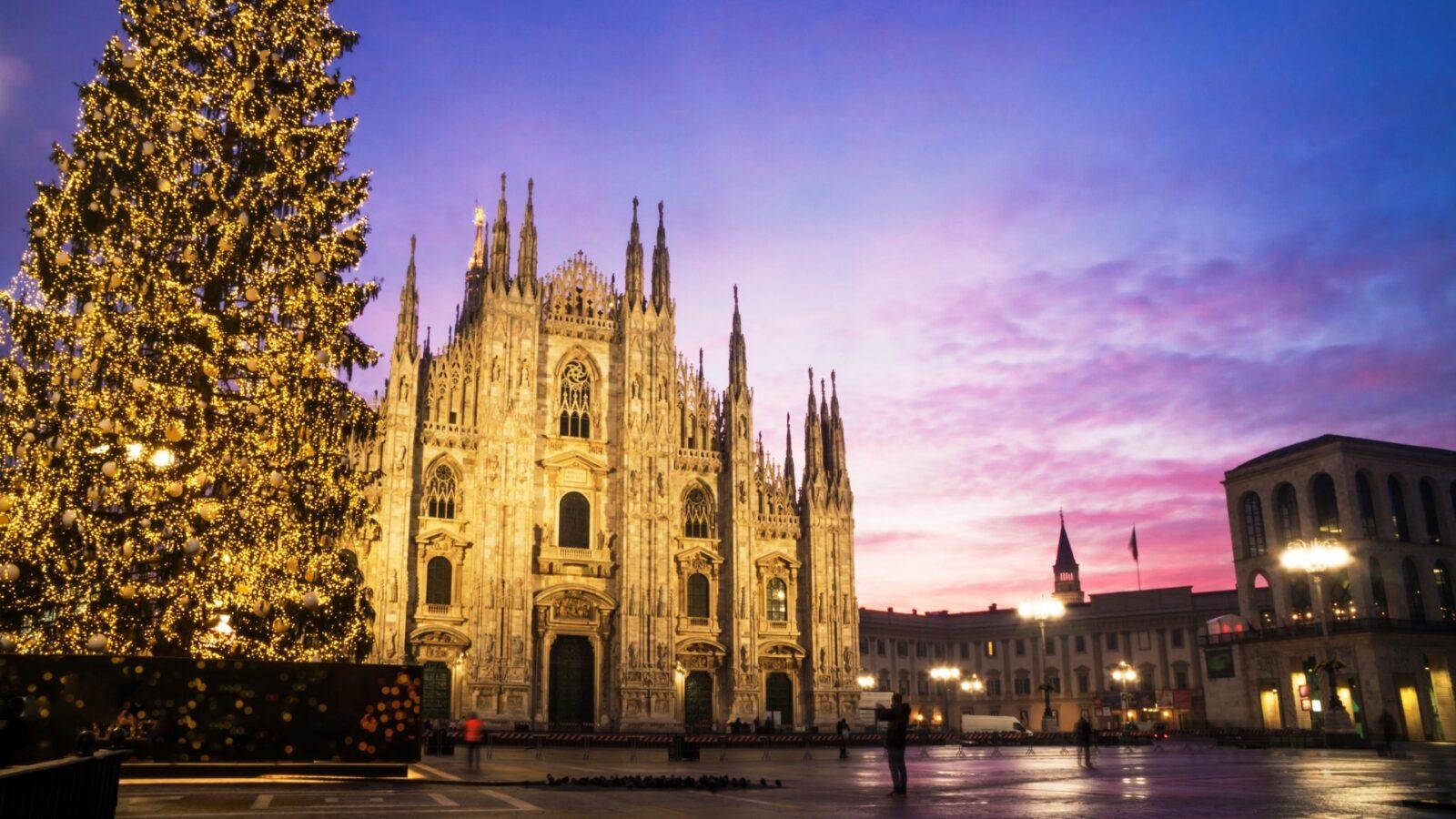 Hotel Principe di Savoia Milan, Duomo Square Christmas Credit iStock_Marco_Bonfanti
