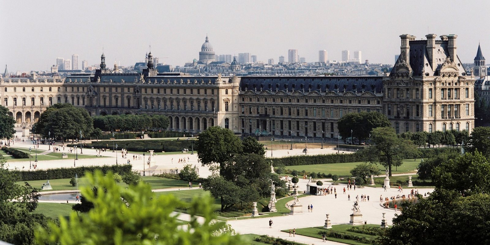 View over the Louvre - Le Meurice