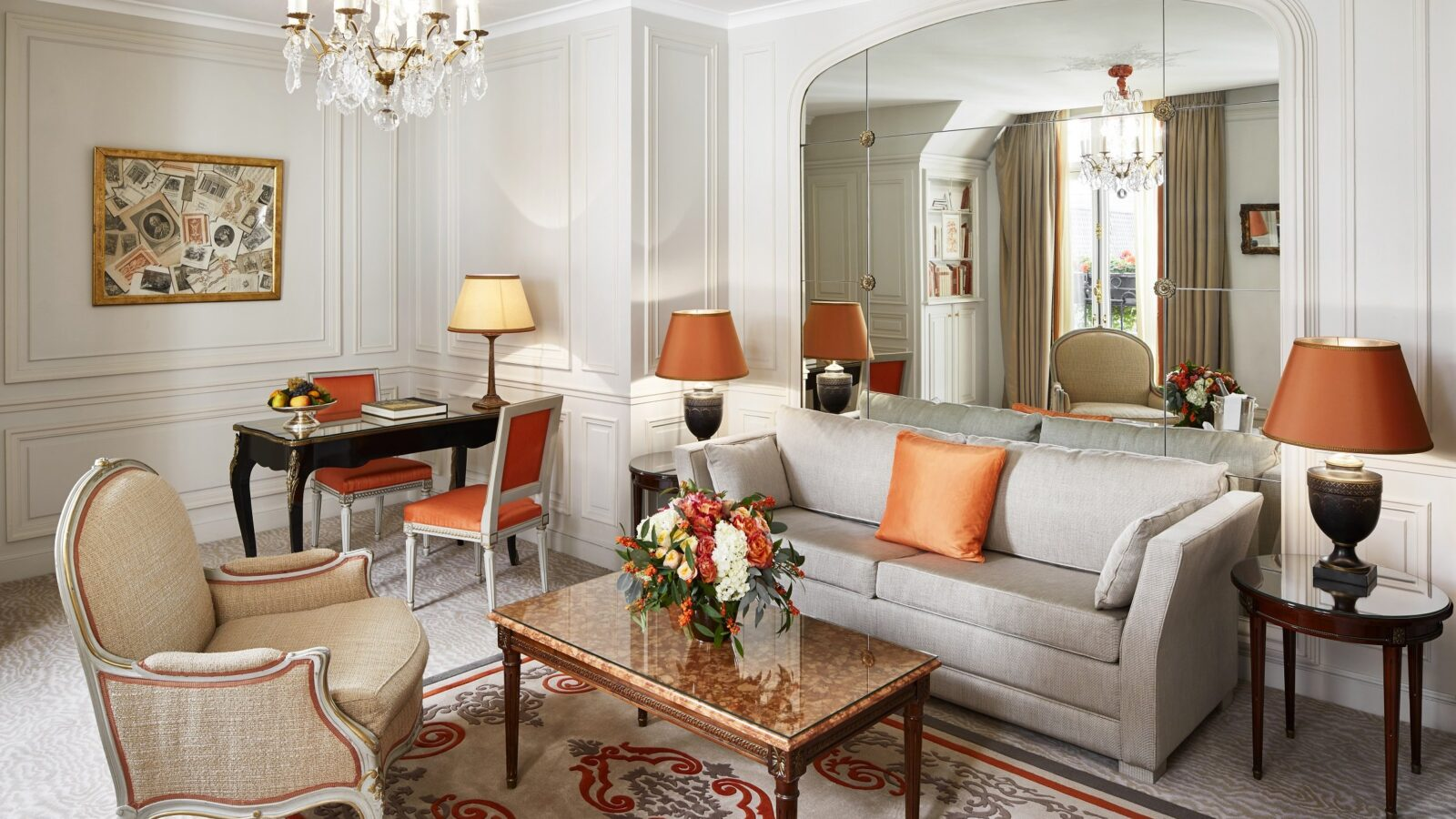 Junior Suite Prestige at Hôtel Plaza Athénée, Paris