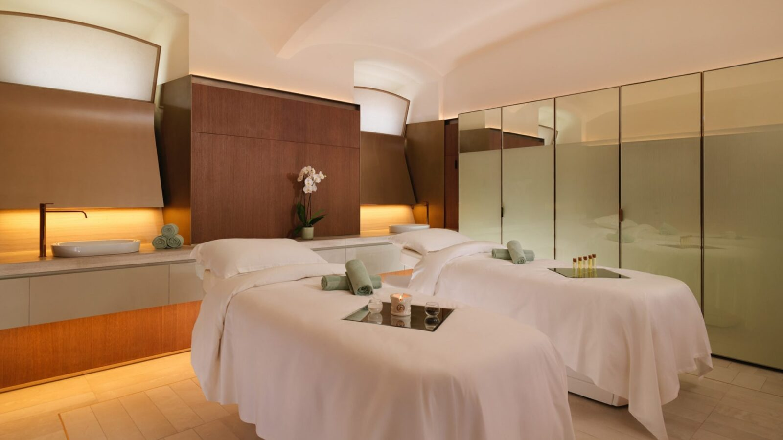 Double private spa suite