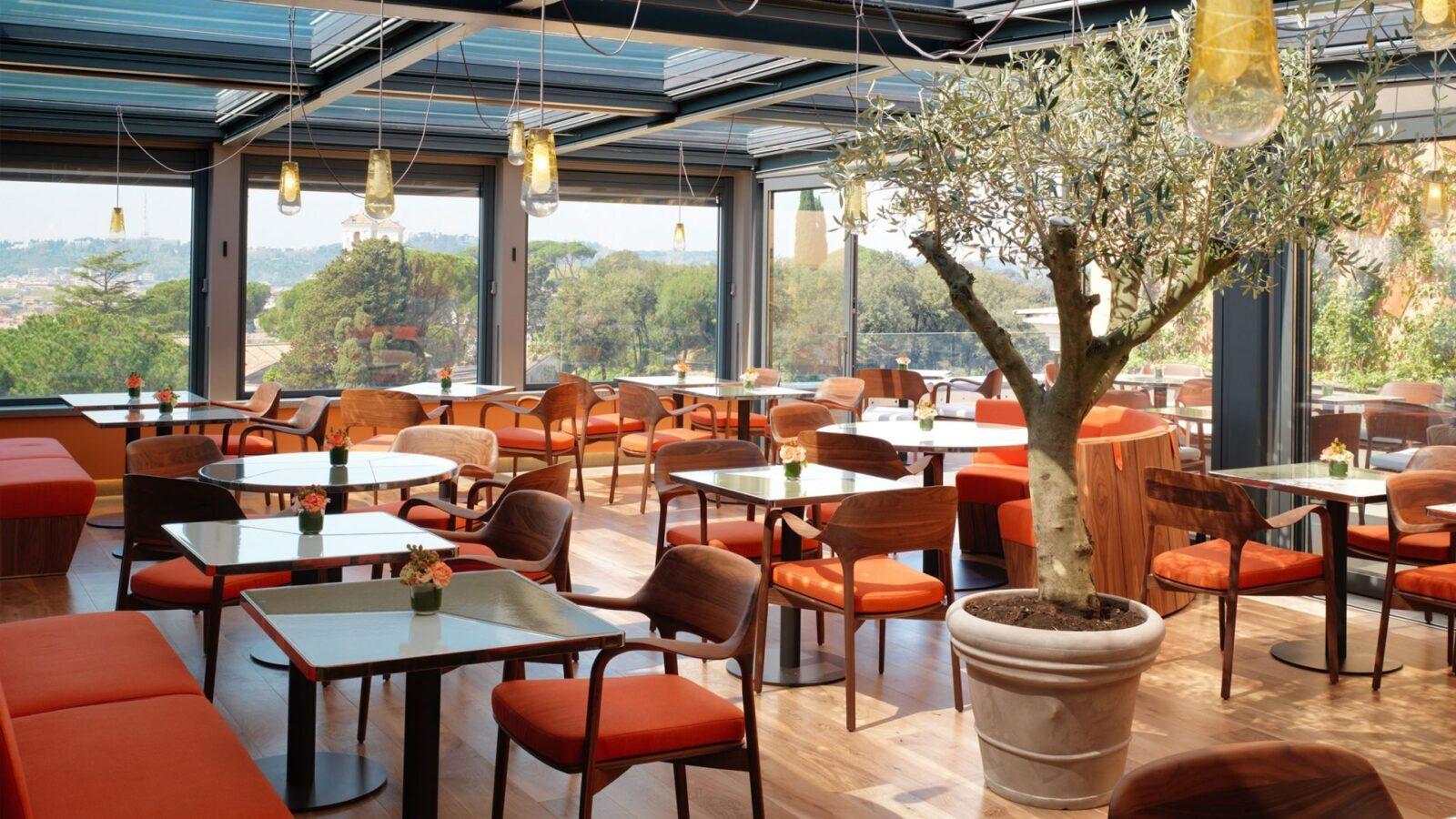 Il giardino restaurant hotel eden dorchester collection - I giardini di marzo ristorante roma ...