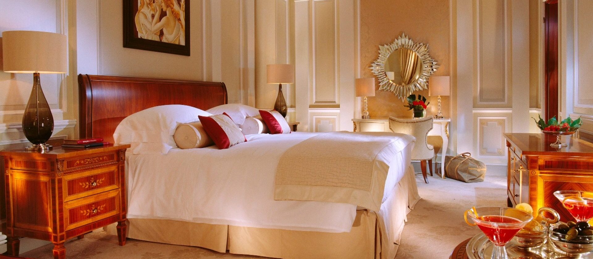 Hotel Principe Di Savoia Principe Suite, Bedroom Landscape