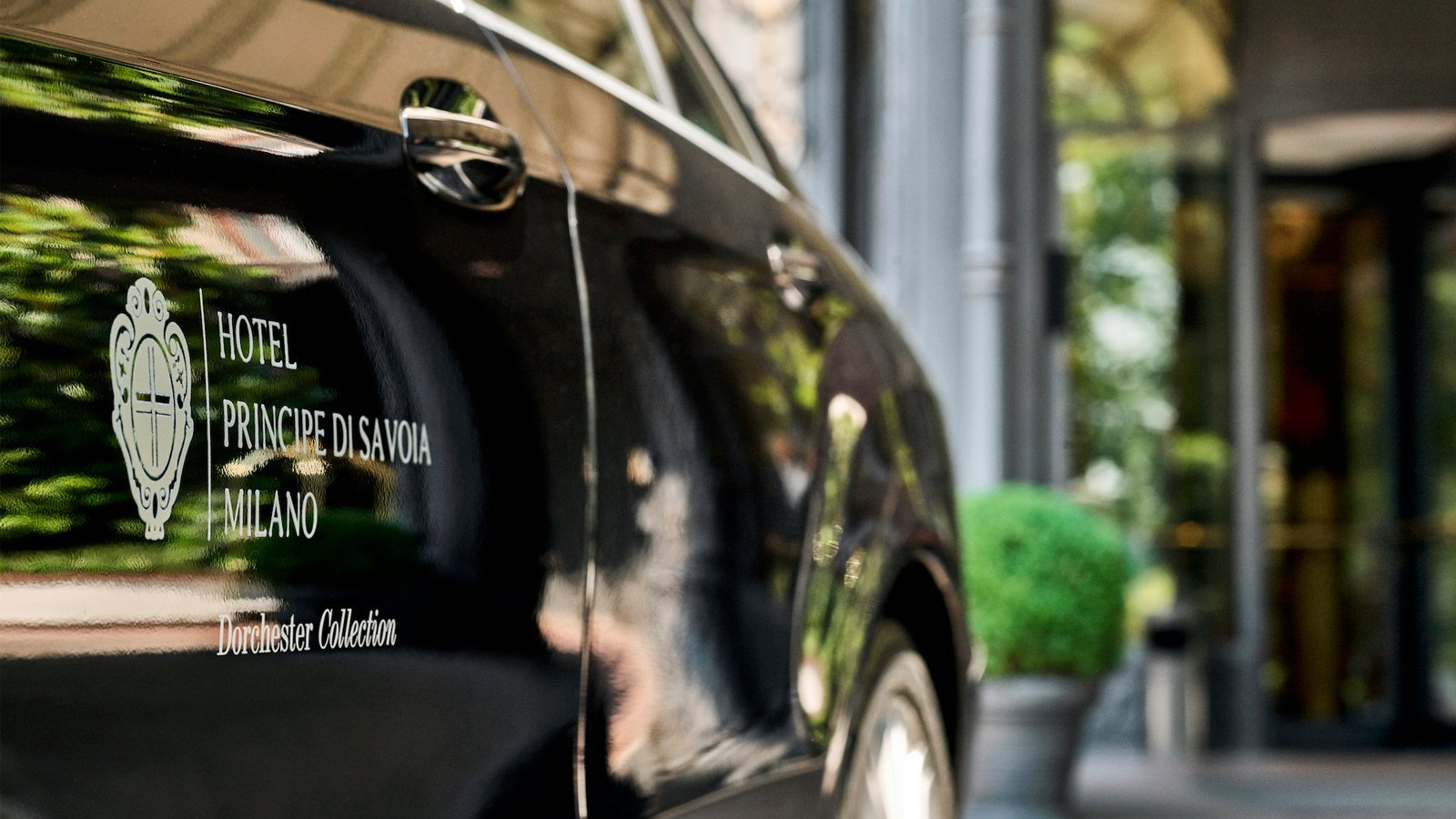 Limousine, Hotel Principe di Savoia, Milan
