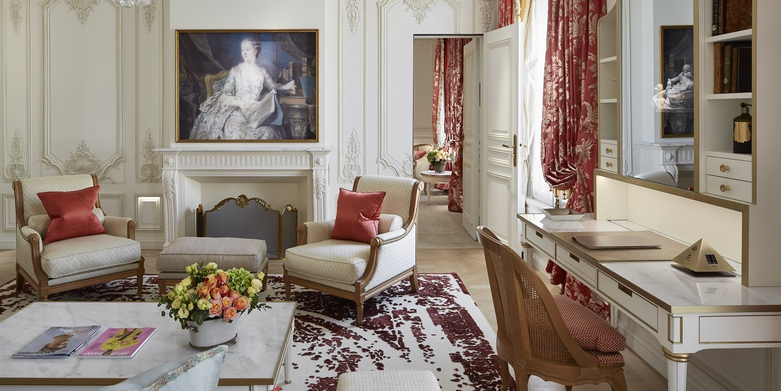 the Pompadour Suite at Le Meurice Paris