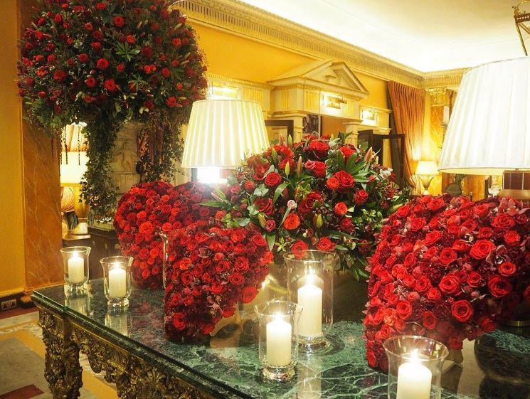 Valentine's Day flowers in The Promenade by Philip Hammond and his team. @TheDorchester
