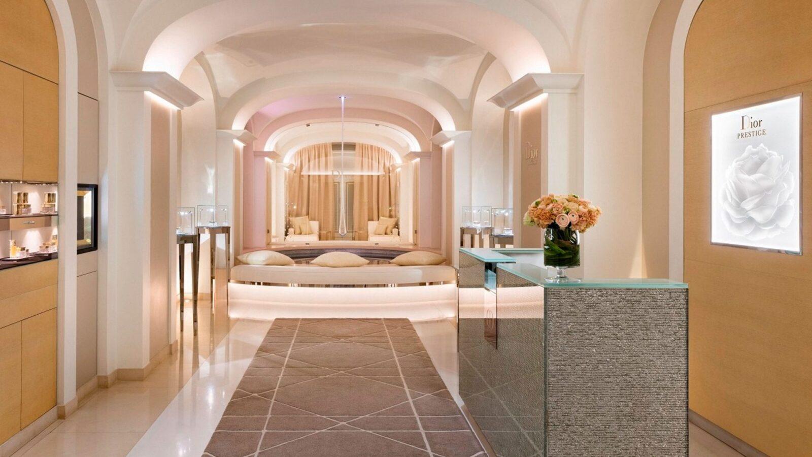 Dior institut au h tel plaza ath n e dorchester collection - Salon prestige organza ...