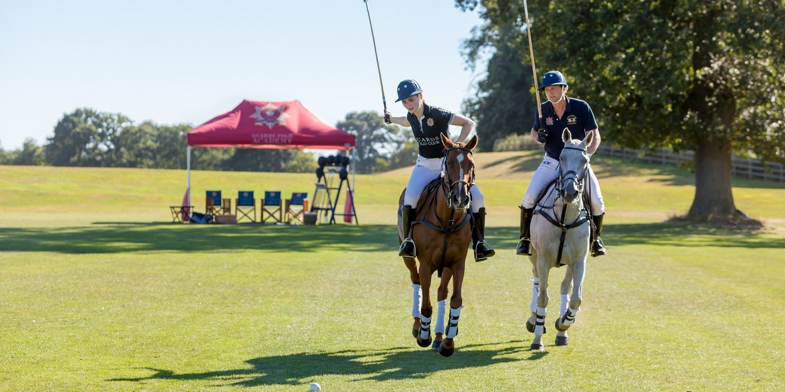 guards-polo-academy-at-coworth-park-polo-lesson