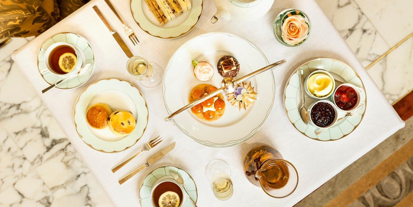 Hotel Eden The Dorchester Champagne Afternoon Tea