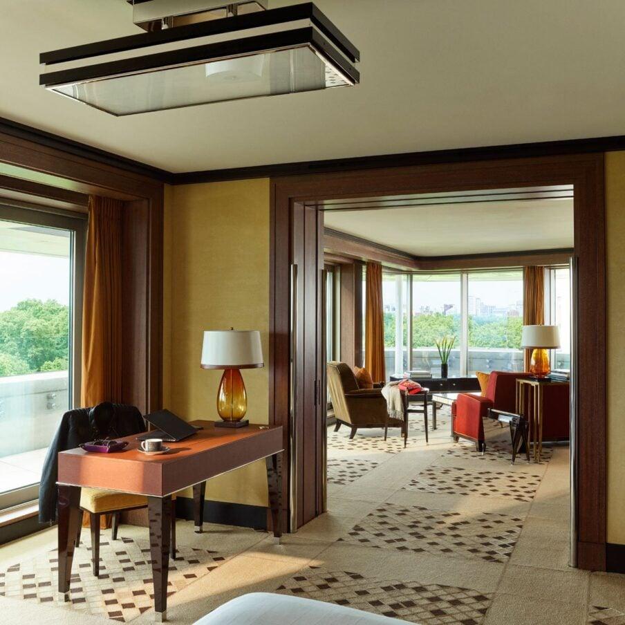Two-Bedroom Hyde Park Suite