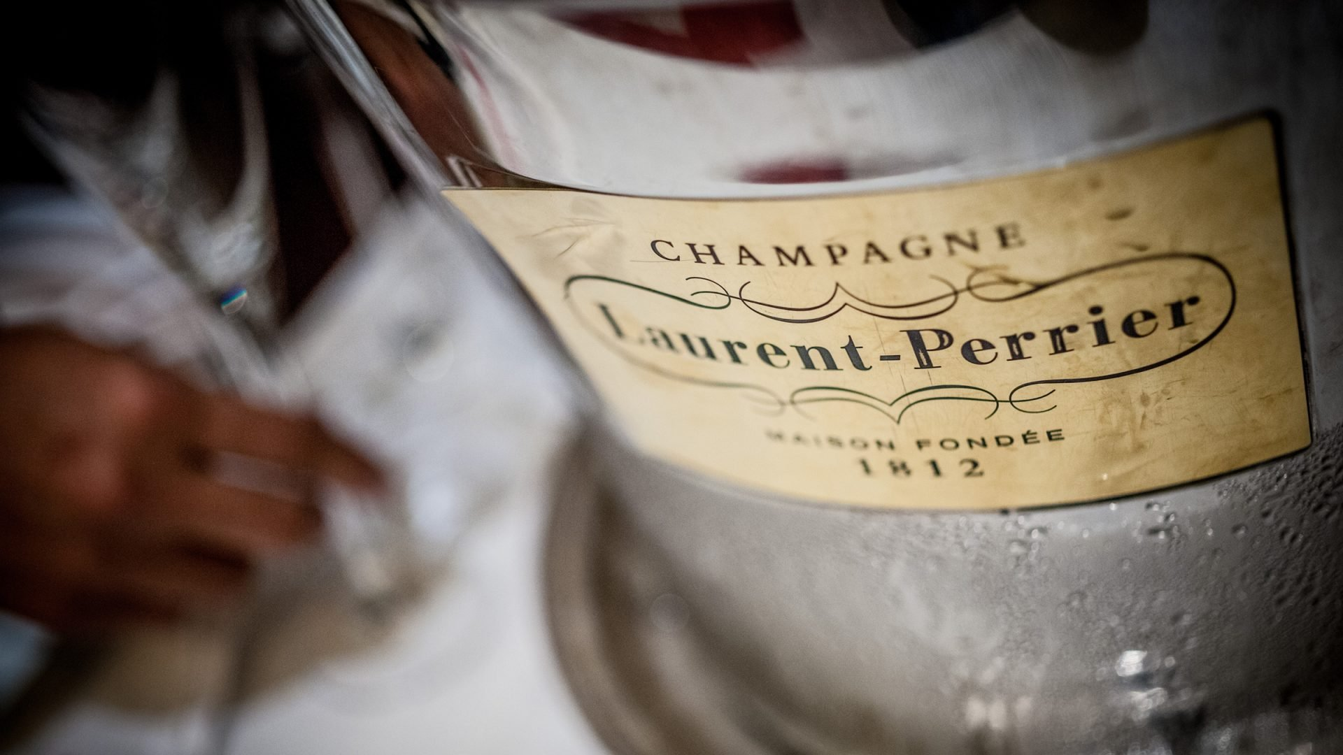 london-the-dorchester-laurent-perrier-champagne