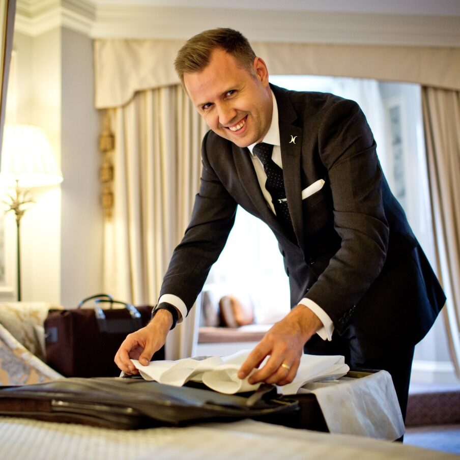 london-the-dorchester-staff-head-butler-paul-pritchard-square