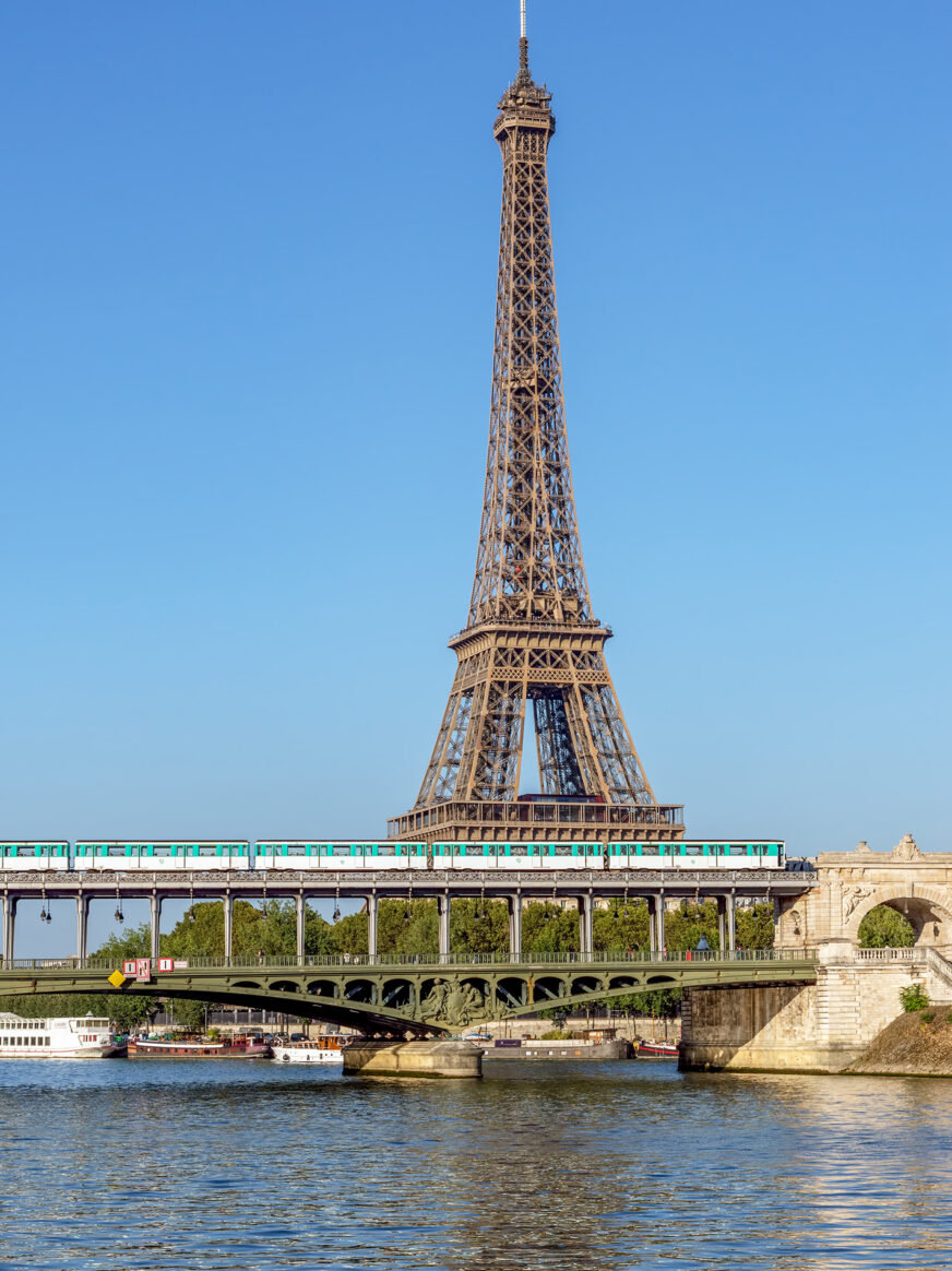 This image shows the Pont de Bir Hakeim in Paris with the Eiffel tower behind