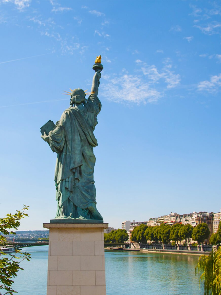 this image shows the Liberty Statue version of Paris