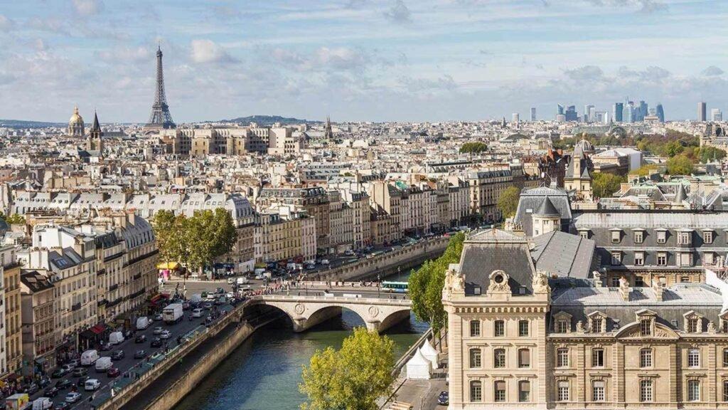Explore Paris with François Delahaye