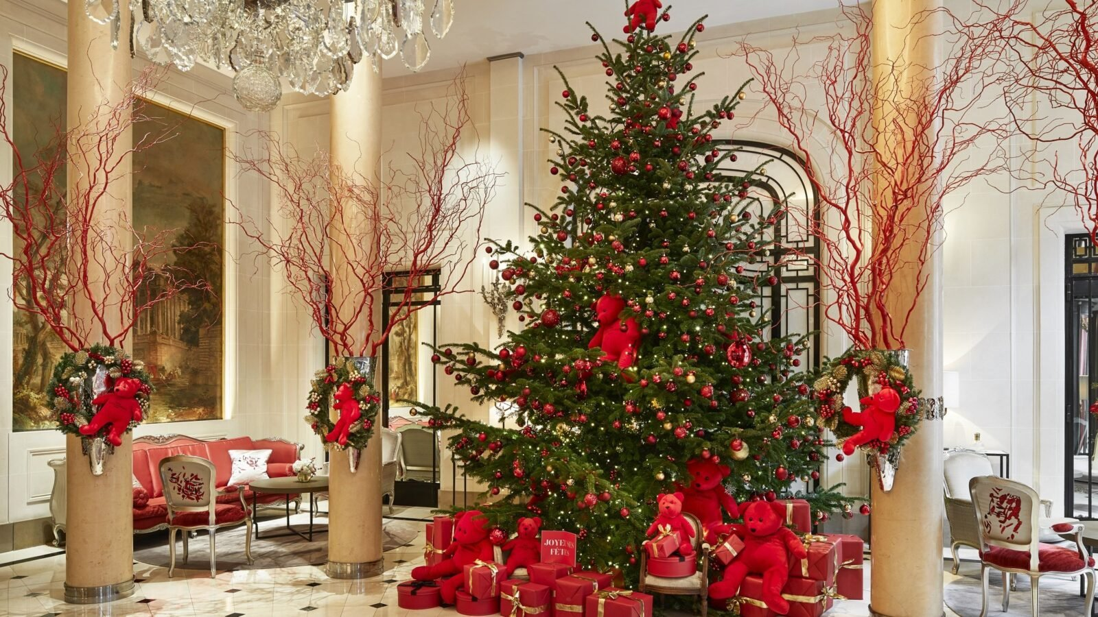 Festive Season at Hôtel Plaza Athénée, Paris