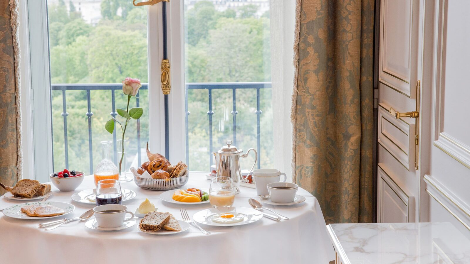 Breakfast at Le Meurice, Paris