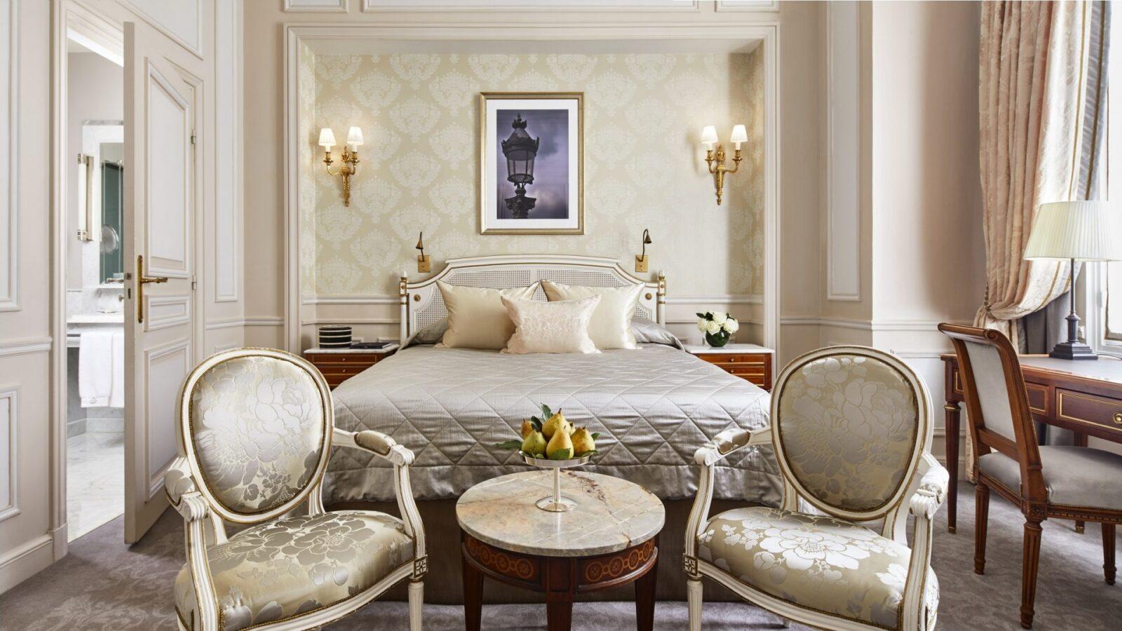 Classic room - Le Meurice, Paris