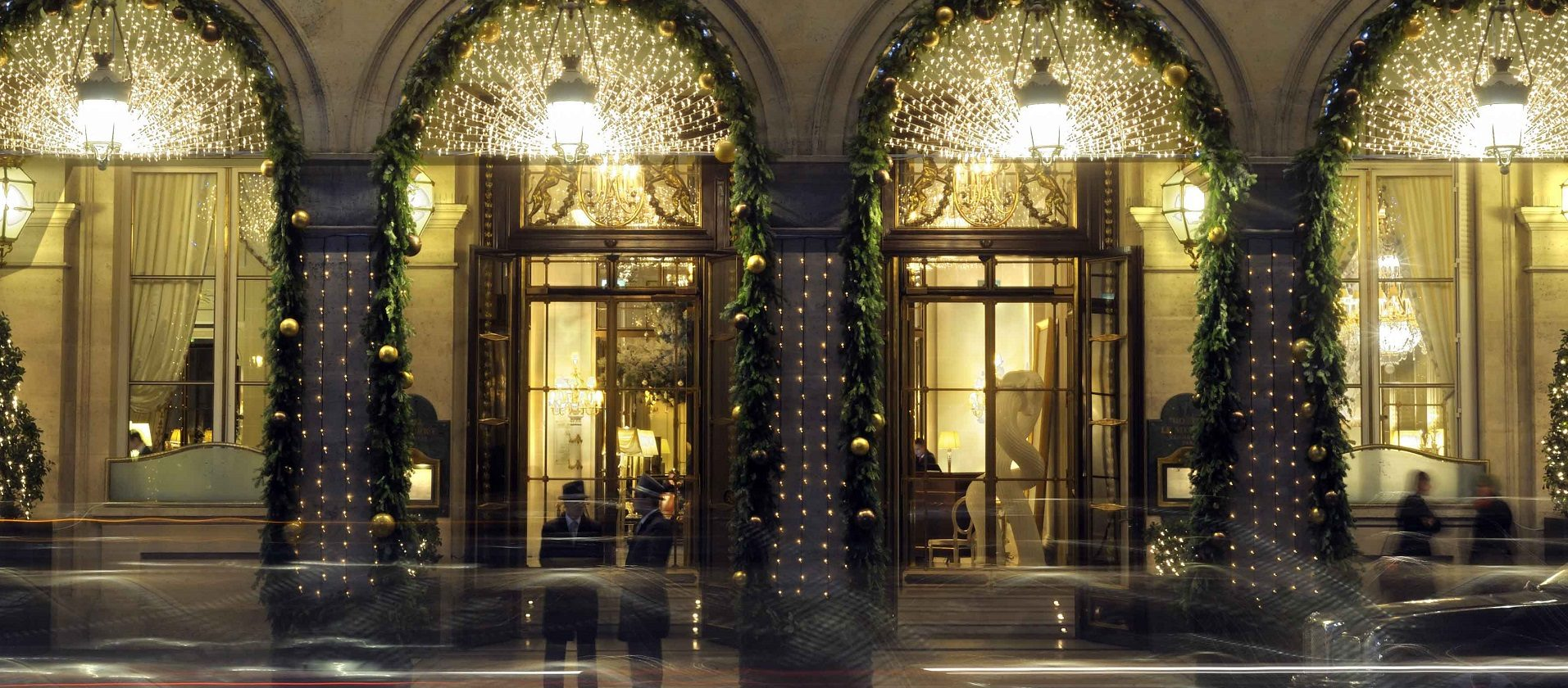 Le Meurice hotel in Paris with festive decorations