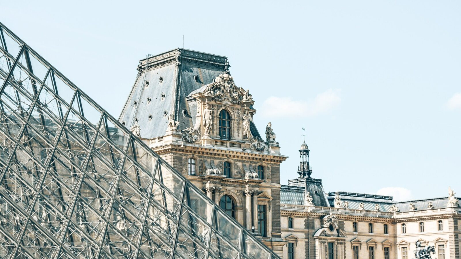 This image shows the Louvre Museum in Paris