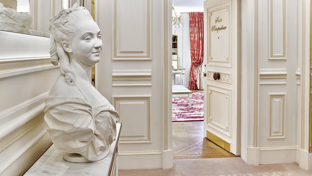 Discover the Pompadour Suite at Le Meurice
