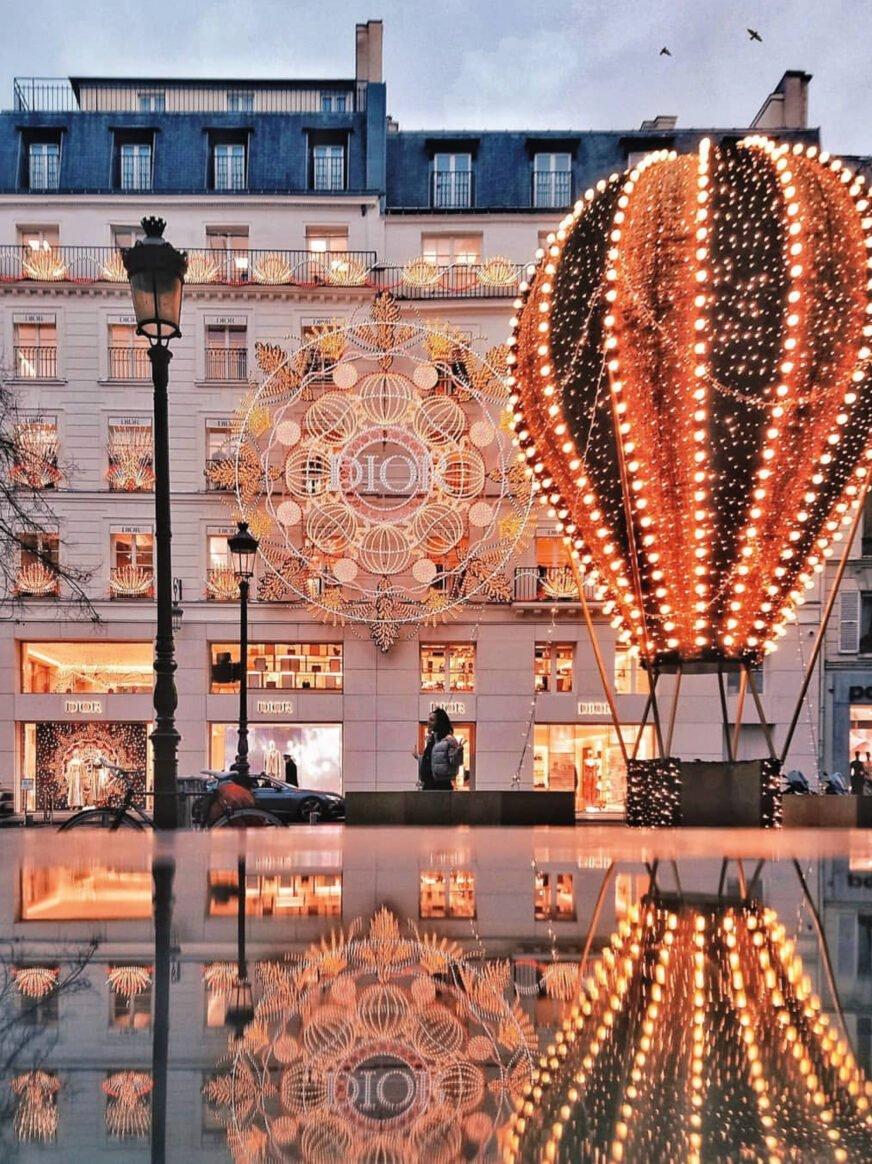 This shows the rue Saint Honoré in Paris, festive decorations for Christmas