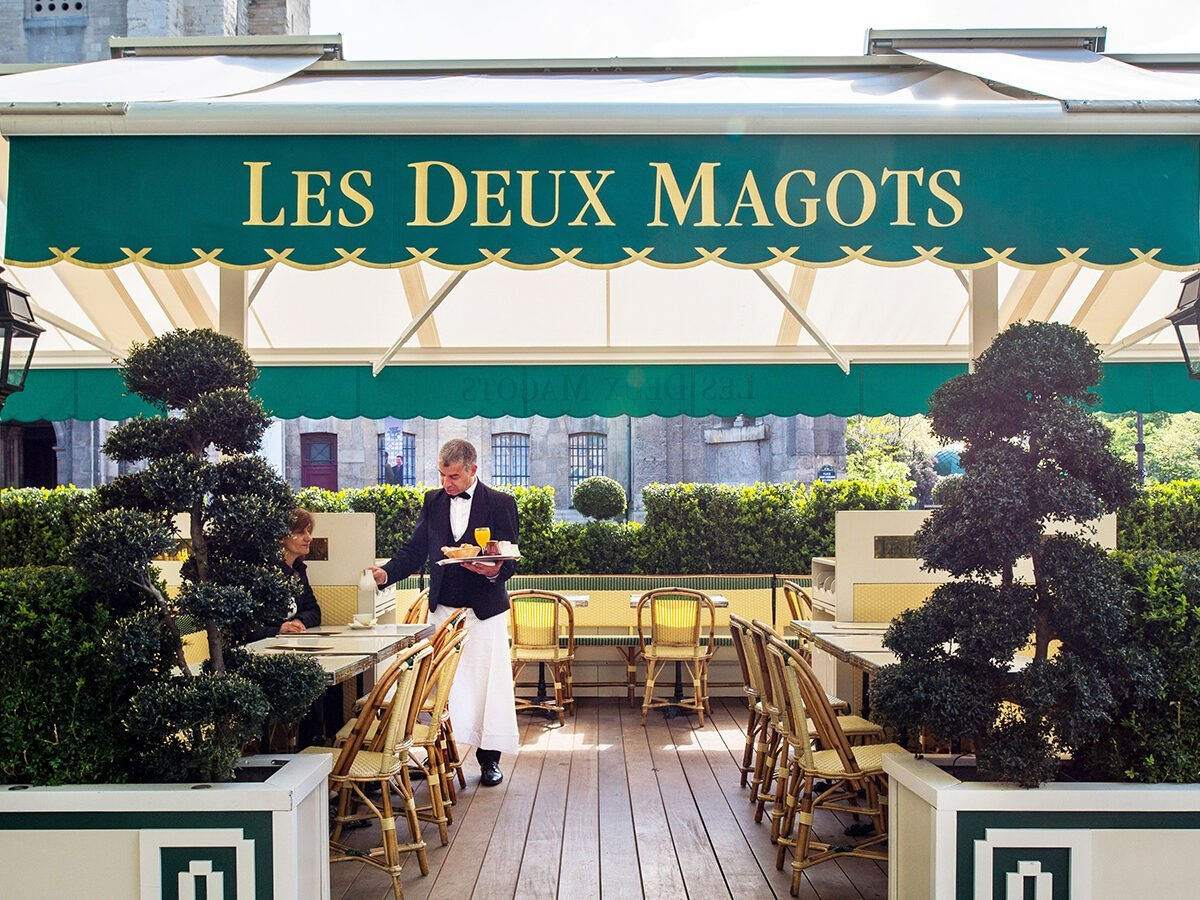 This is an image of Les Deux Magots, an iconic restaurant in Paris