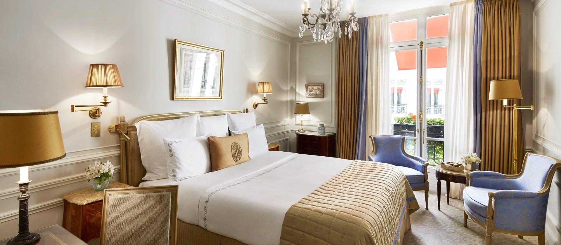 Classic guestroom hotel plaza ath n e dorchester - Salon prestige organza ...