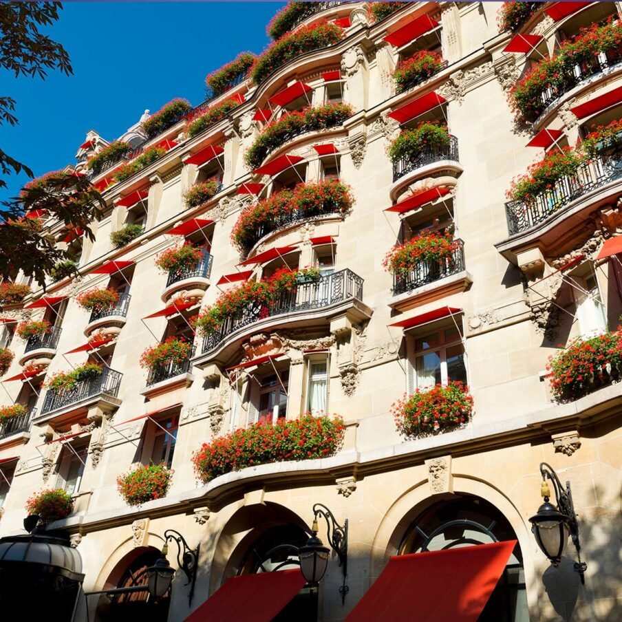 Paris Plaza Athenee Facade1 Square