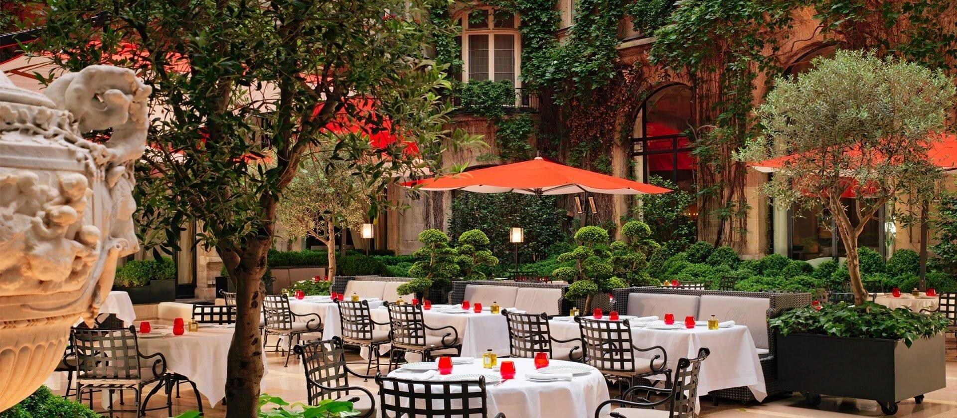 La Cour Jardin - Paris - Hotel Plaza Athénée | Dorchester Collection