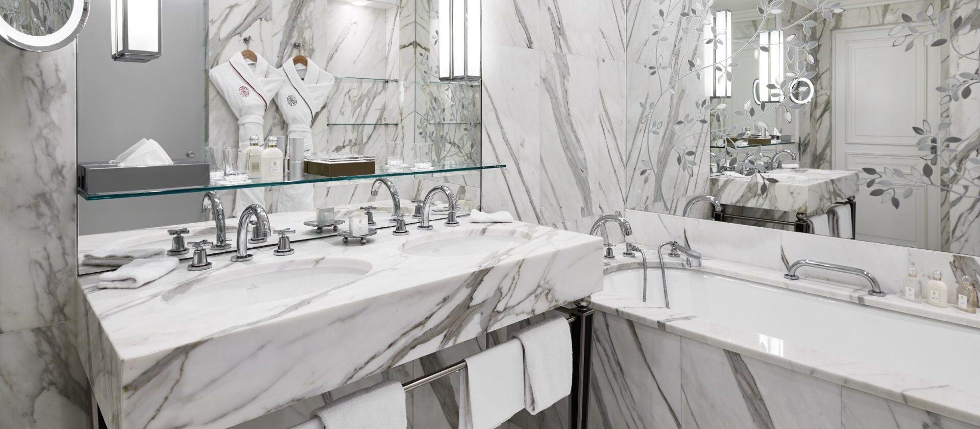 Prestige suite paris hotel plaza ath n e dorchester - Salon prestige organza ...
