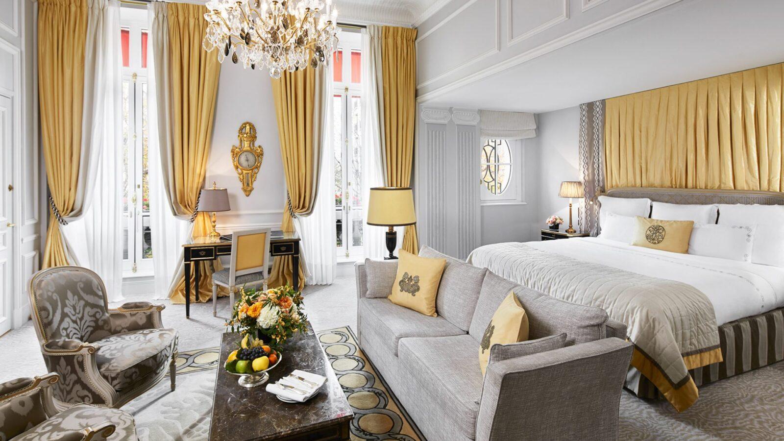 Prestige Junior Suite at Hôtel Plaza Athénée, Paris