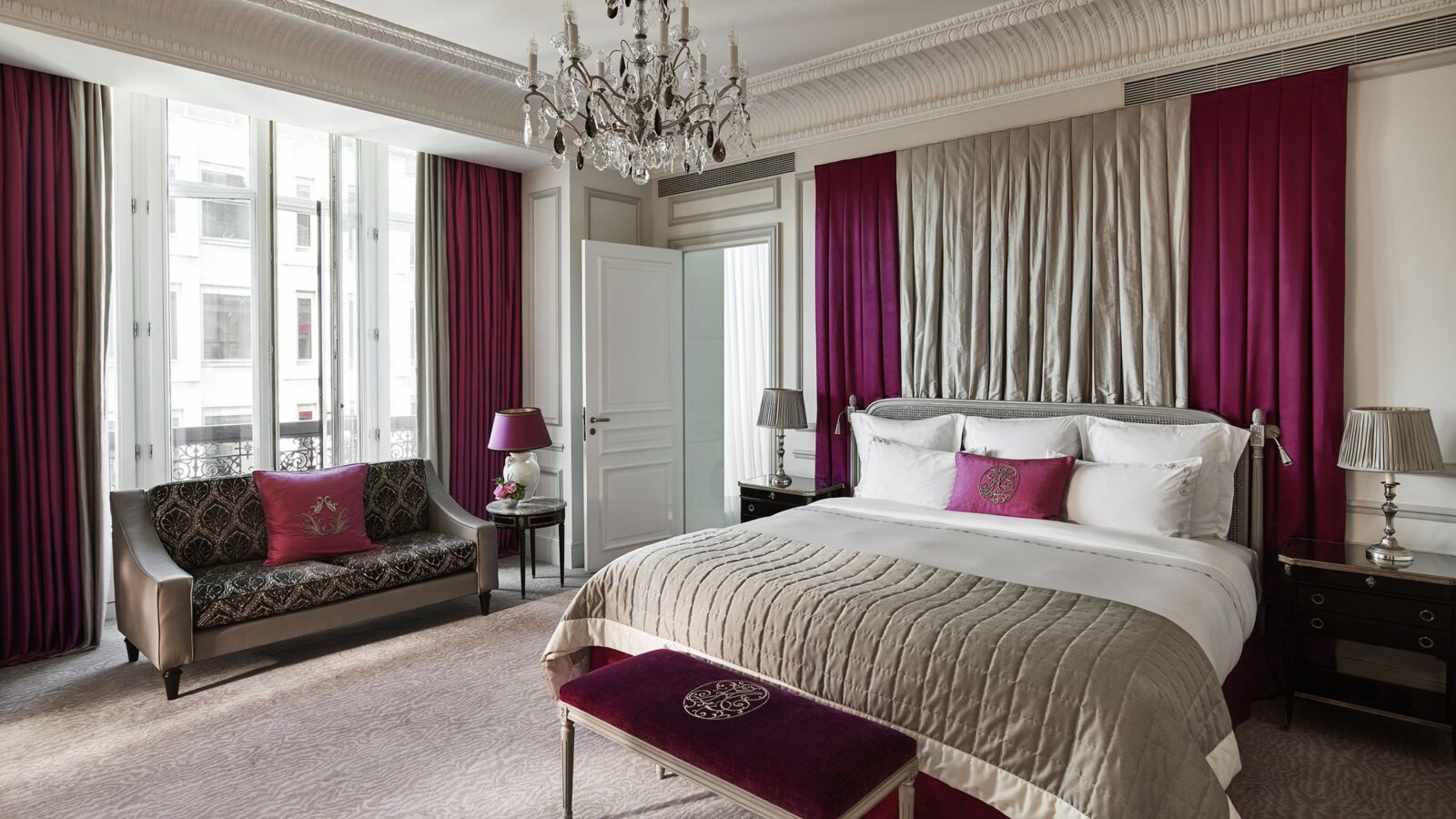 A philosophy of warm luxury