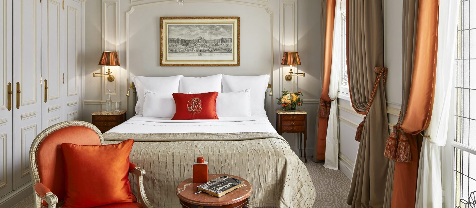 Superior suite paris hotel plaza ath n e dorchester - Salon prestige organza ...