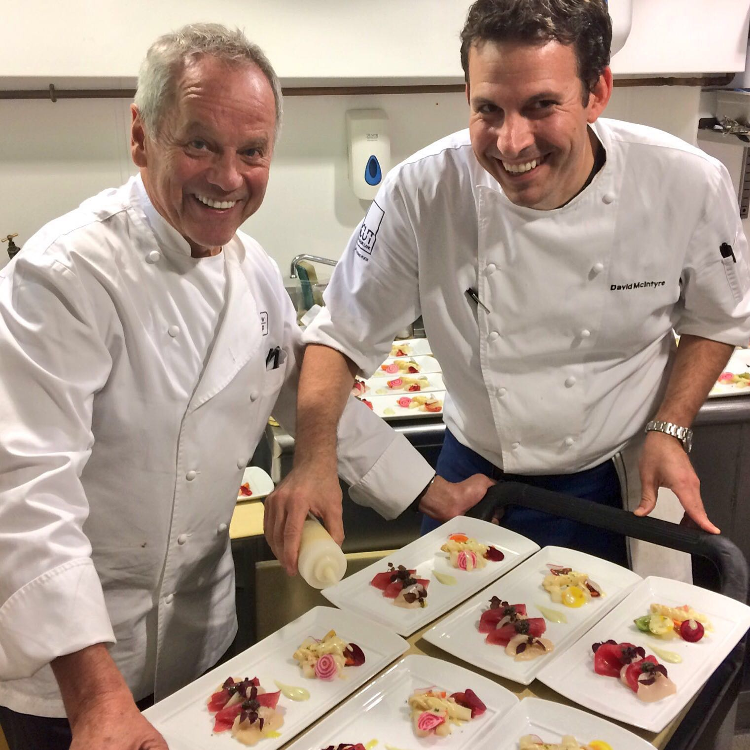 wolfgang-puck-with-david-mcintyre-dinner-event